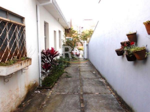 Terreno para fins comerciais ou residenciais na Bela Vista, próximo a Praça da Encol.