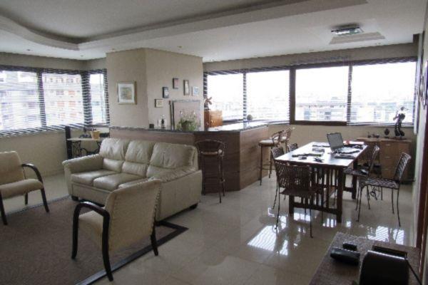 Ferreira Imóveis - Apto 3 Dorm, Petrópolis
