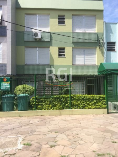 Camile - Quitinete, Santana, Porto Alegre (FE4255)
