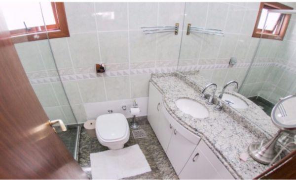 Condominio Três Figueiras - Casa 5 Dorm, Três Figueiras, Porto Alegre - Foto 11