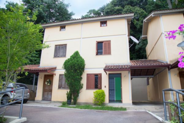 Ferreira Imóveis - Casa 3 Dorm, Teresópolis - Foto 2