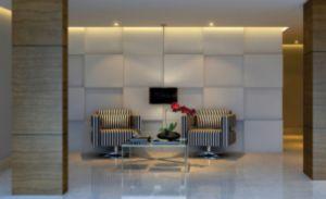 Um ótimo apartamento com 3(três) dormitórios,no bairro Cidade Baixa.  Um apartamento bem localizado e facil acesso e com bastante condução.